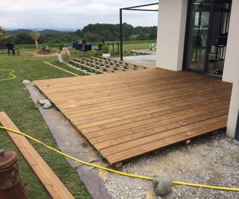 Confection d'une terrasse en bois